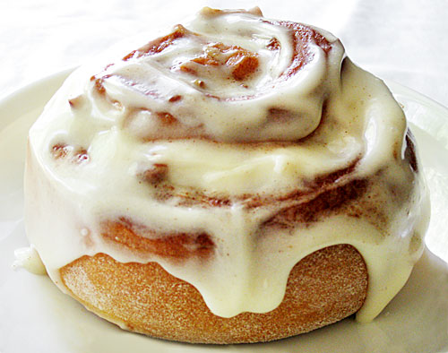 Cinnamon Roll Taste Off